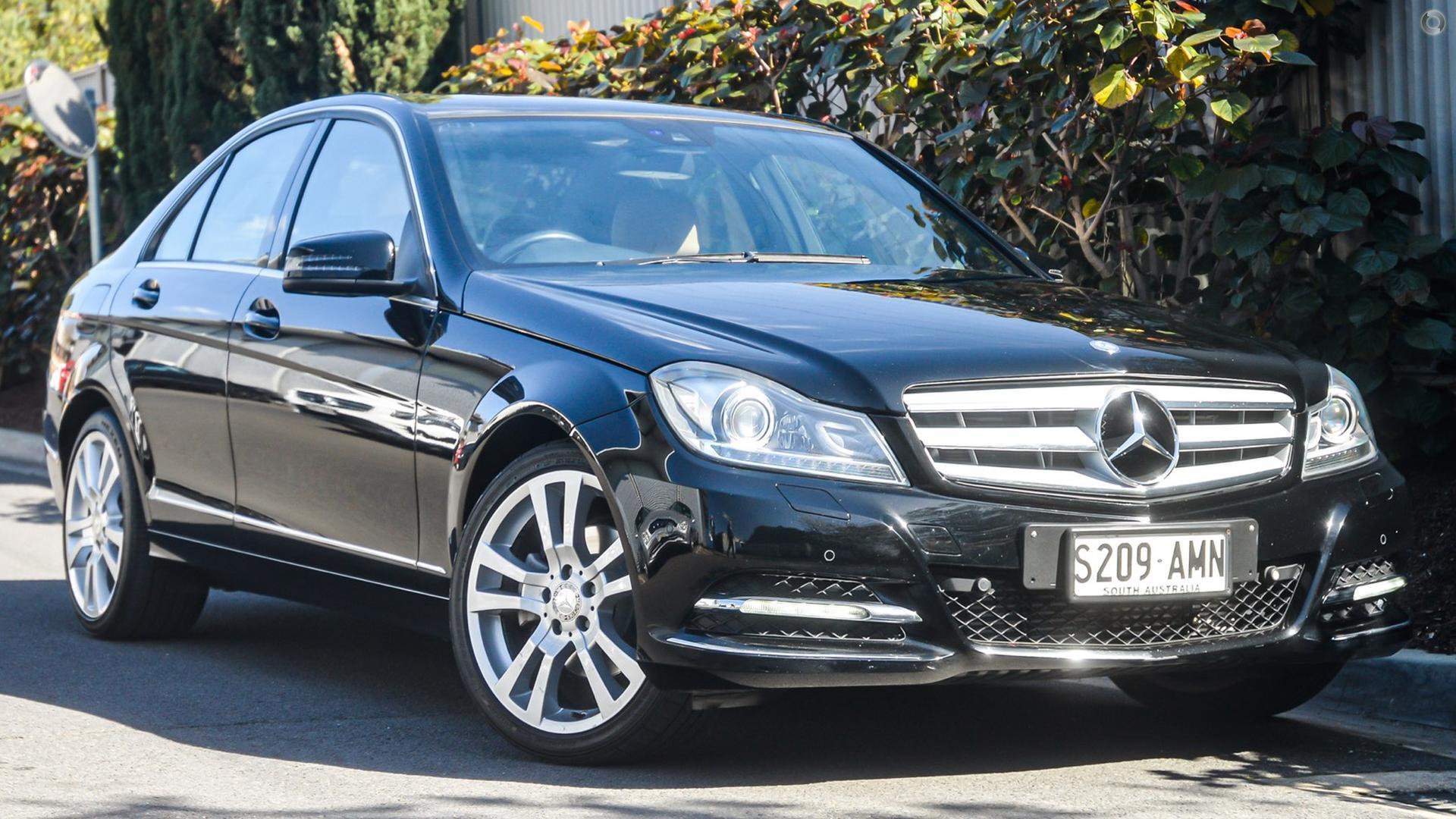 2011 Mercedes-Benz C-CLASS Sedan