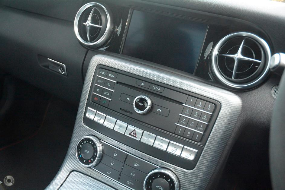 2018 Mercedes-Benz SLC 43 AMG Roadster