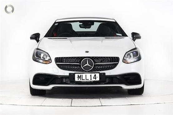 2019 Mercedes-Benz SLC 200