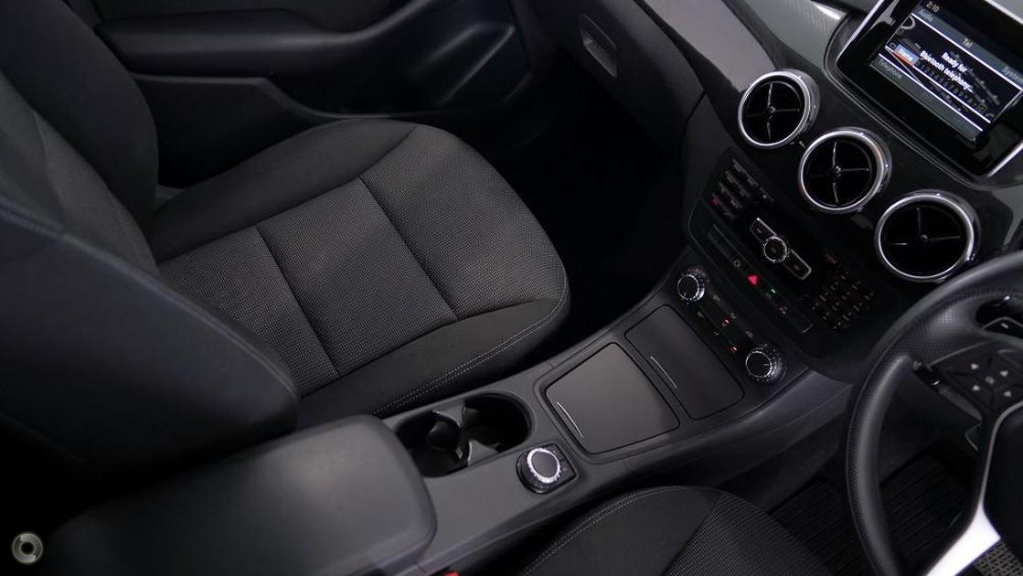 2012 Mercedes-Benz B 180 Hatch