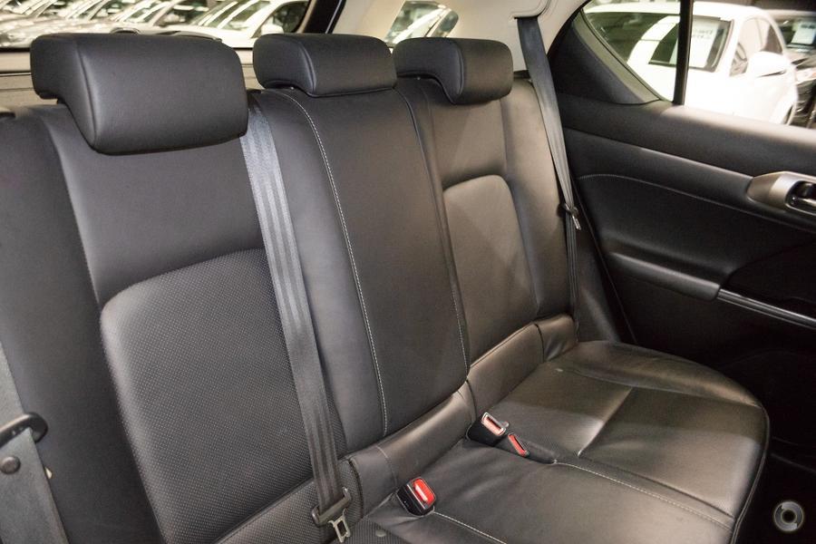 2016 Lexus CT200h Limited Edition ZWA10R