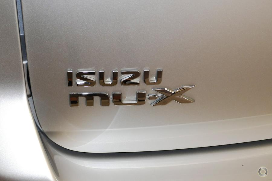 2016 Isuzu Mu-x LS-M (No Series)