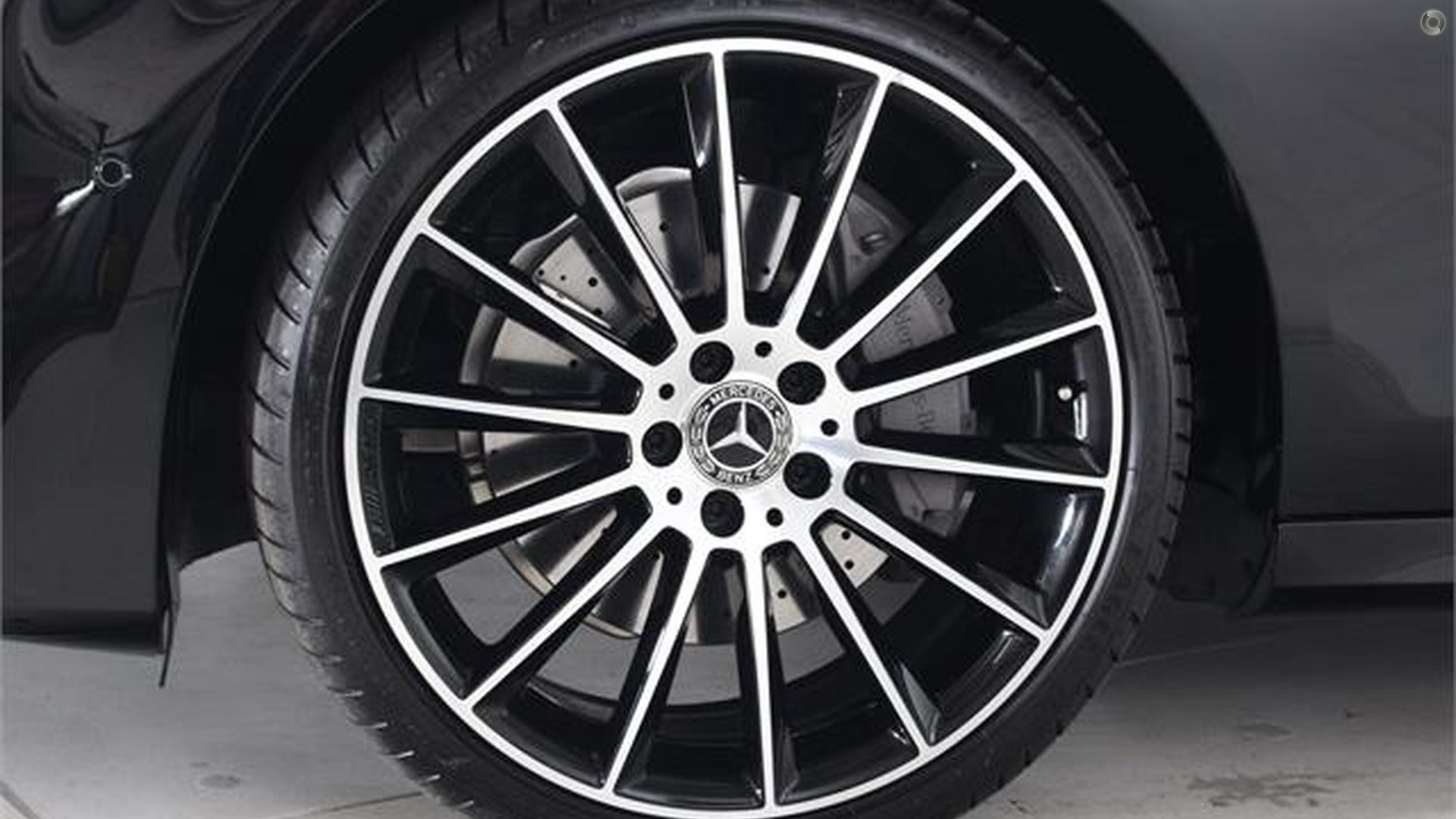 2020 Mercedes-Benz E 200 Sedan