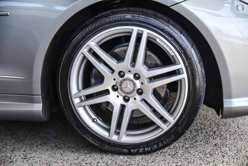 2011 Mercedes-Benz E 250 CGI AVANTGARDE Coupé