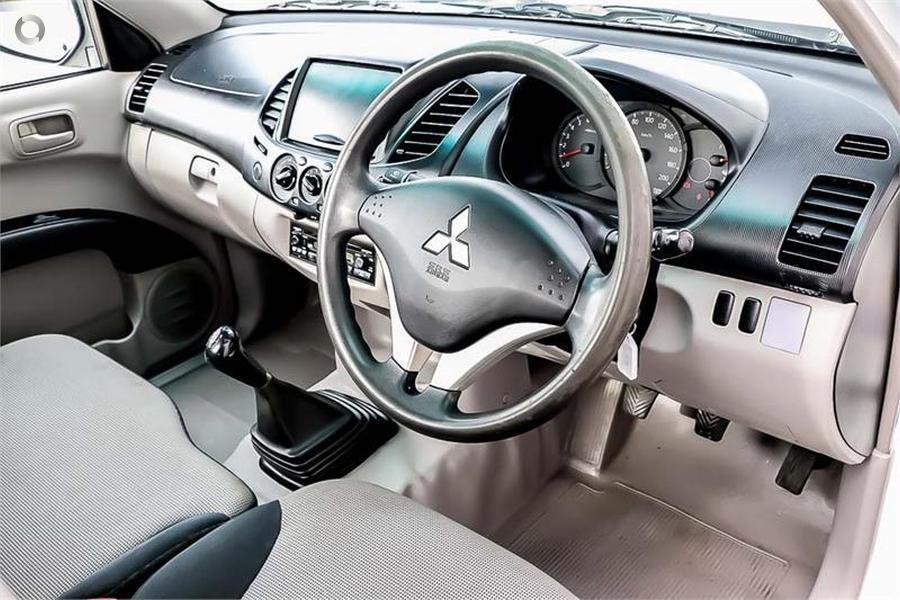 2009 Mitsubishi Triton GL MN