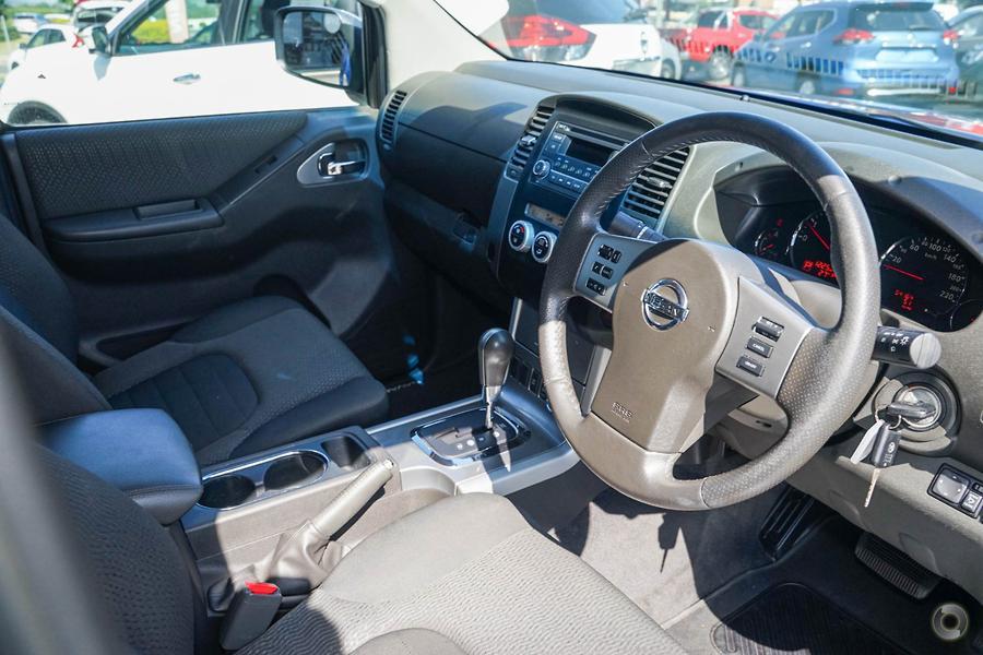 2013 Nissan Navara ST-X
