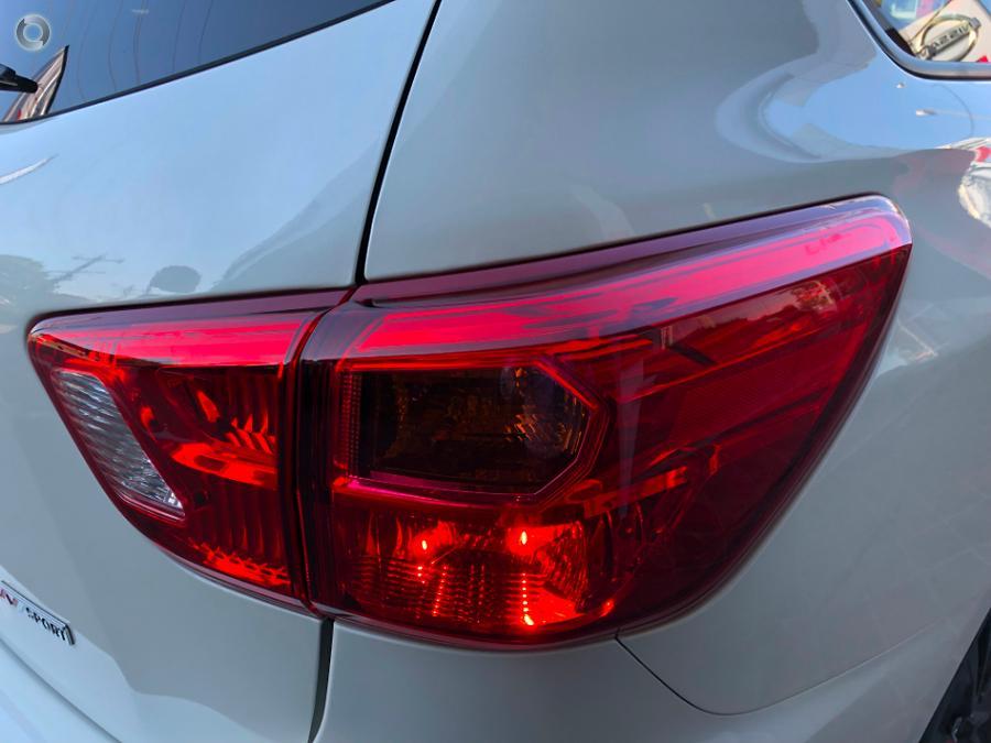2018 Nissan Pathfinder ST-L N-SPORT R52 Series II