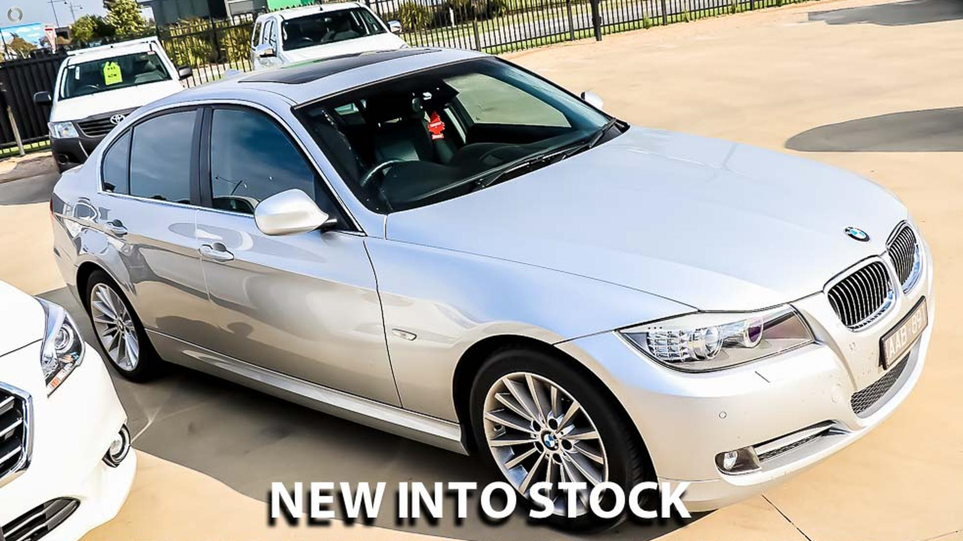 2011 BMW 323i Lifestyle E90