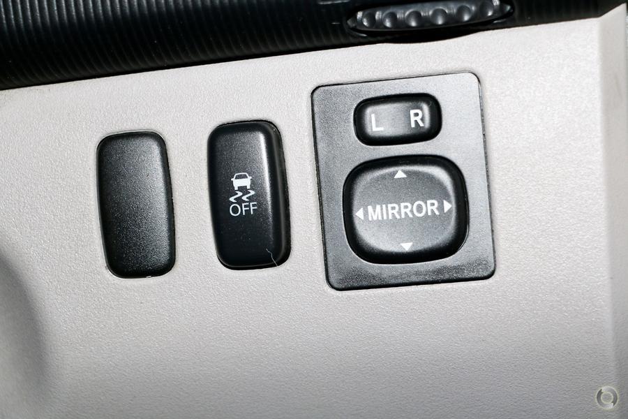 2013 Mitsubishi Challenger  PB