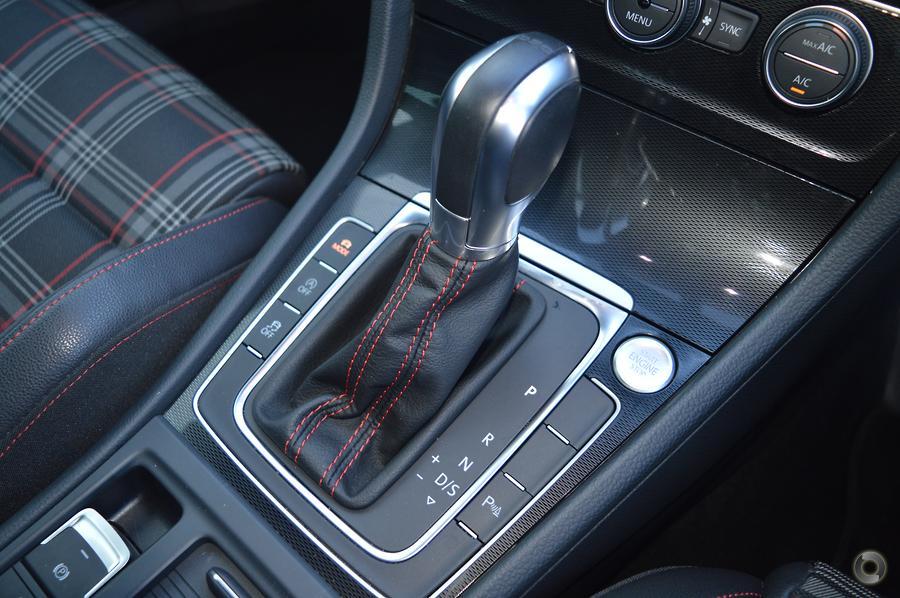 2016 Volkswagen Golf GTI Performance 7