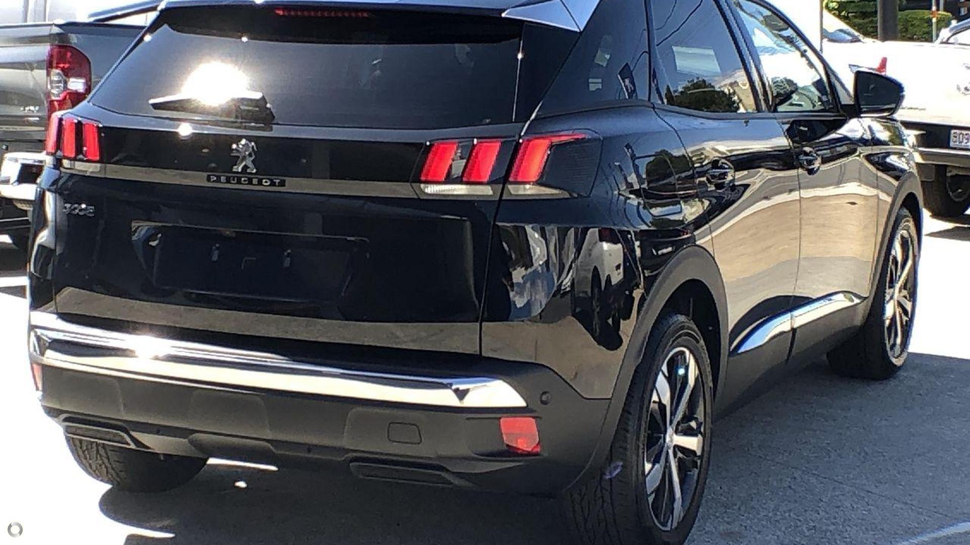 2018 Peugeot 3008 Crossway P84