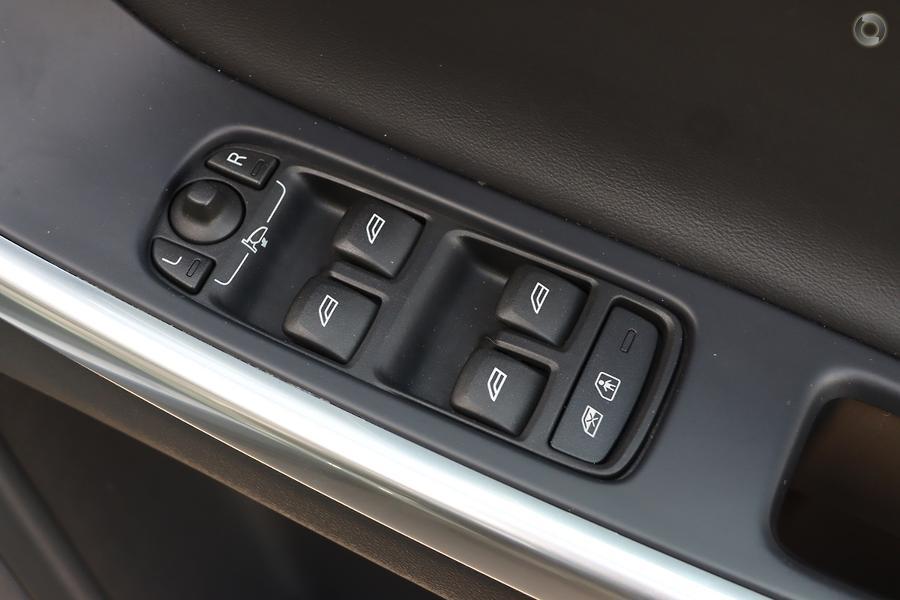 2014 Volvo XC60 D5 R-Design