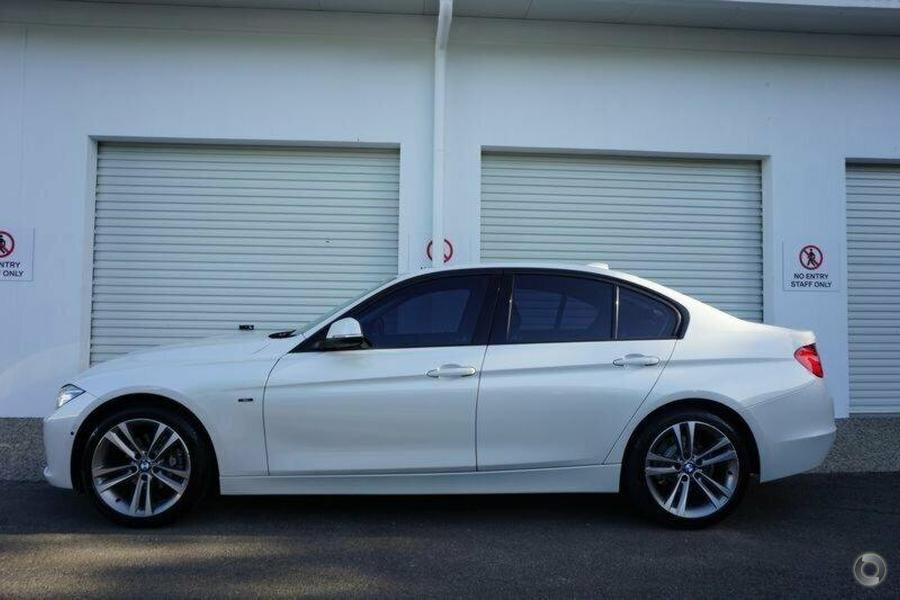 2014 BMW 320i Sport Line