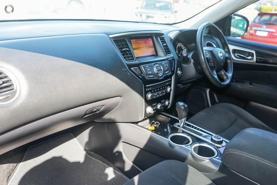 2015 Nissan Pathfinder ST N-TREK