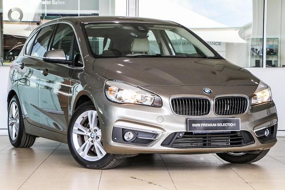 2015 BMW 218 i Luxury Line