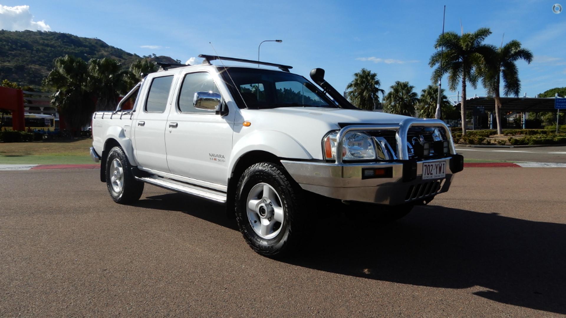 2004 Nissan Navara ST-R
