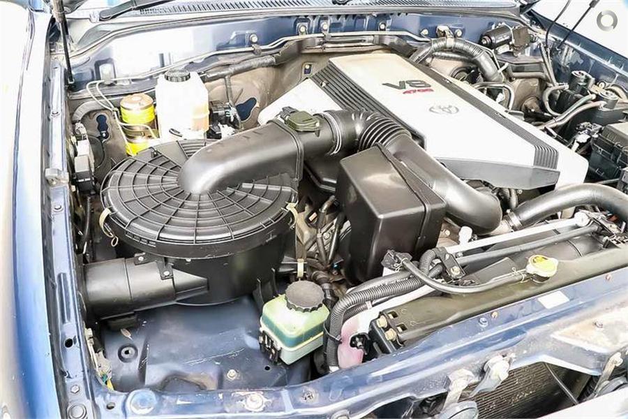 2003 Toyota Landcruiser GXL UZJ100R