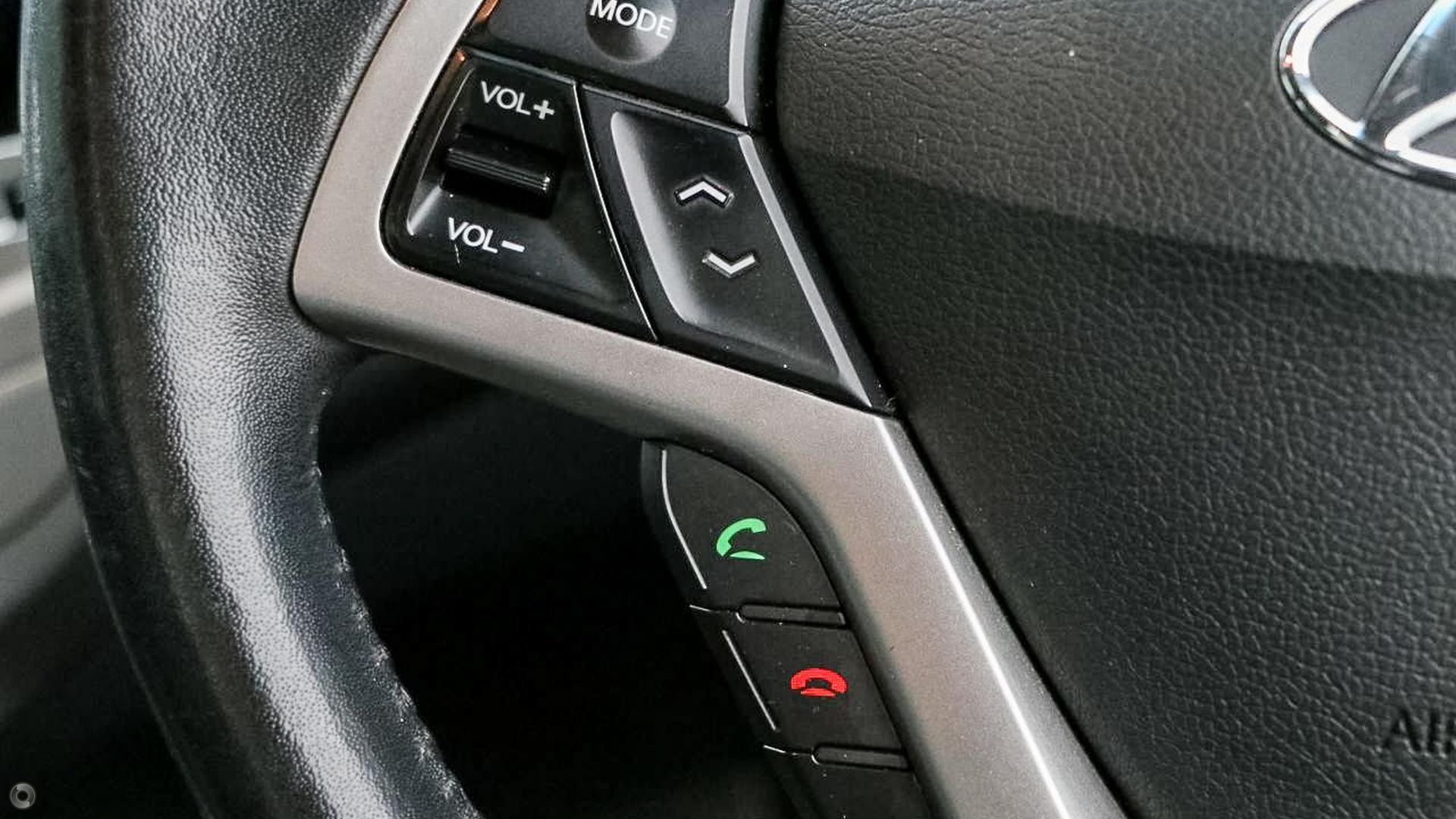 2012 Hyundai Veloster  FS