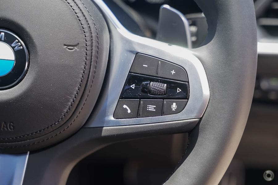 2019 BMW 320i Luxury Line