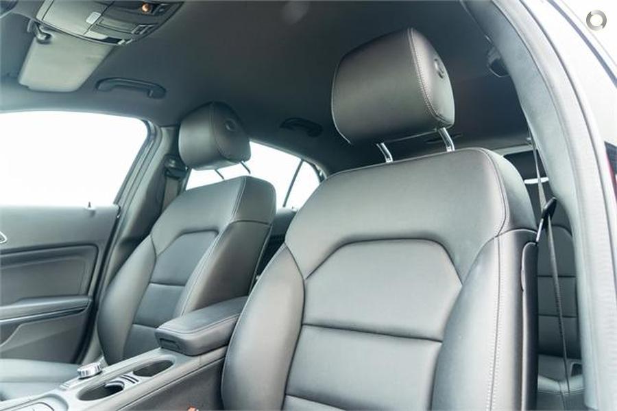2016 Mercedes-Benz GLA 180 SUV