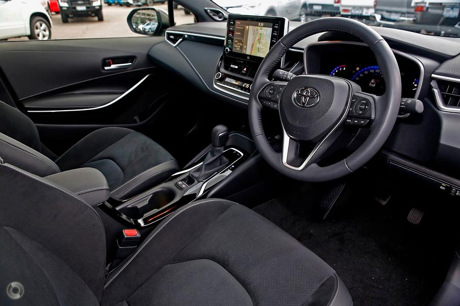 2018 Toyota Corolla ZR MZEA12R