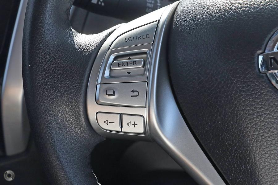 2016 Nissan Navara ST D23