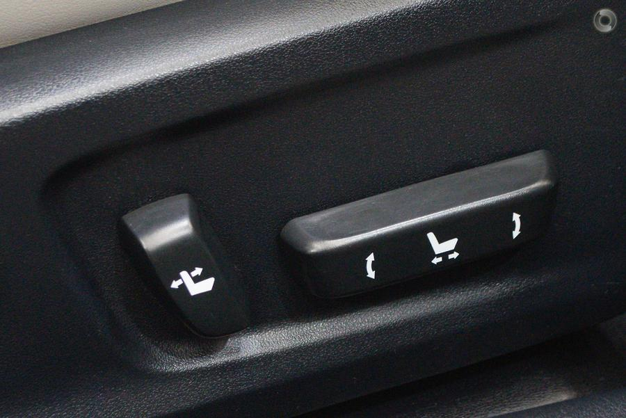 2015 Lexus IS250 Luxury GSE30R