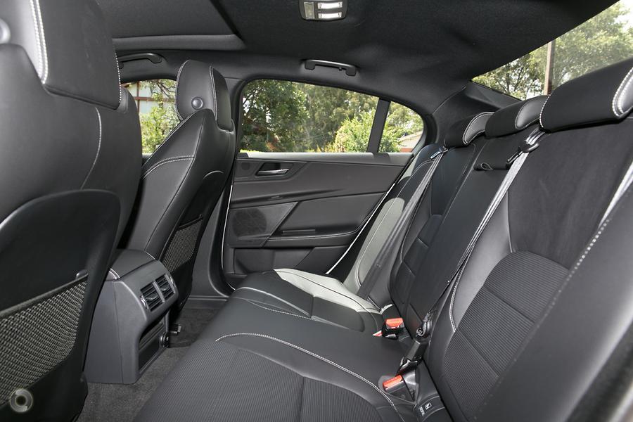 2018 Jaguar XE 20d R-Sport X760