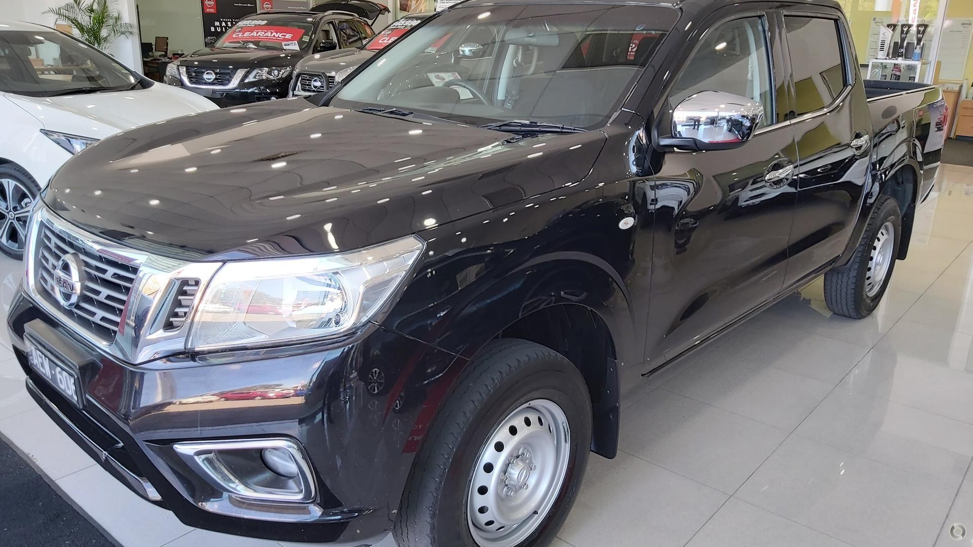 2015 Nissan Navara RX