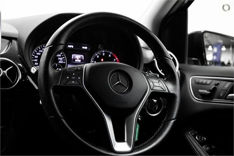 2015 Mercedes-Benz B 200 Sports Tourer