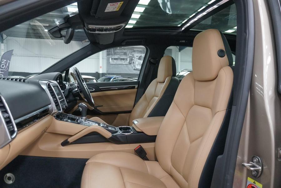 2015 Porsche Cayenne S Diesel 92A