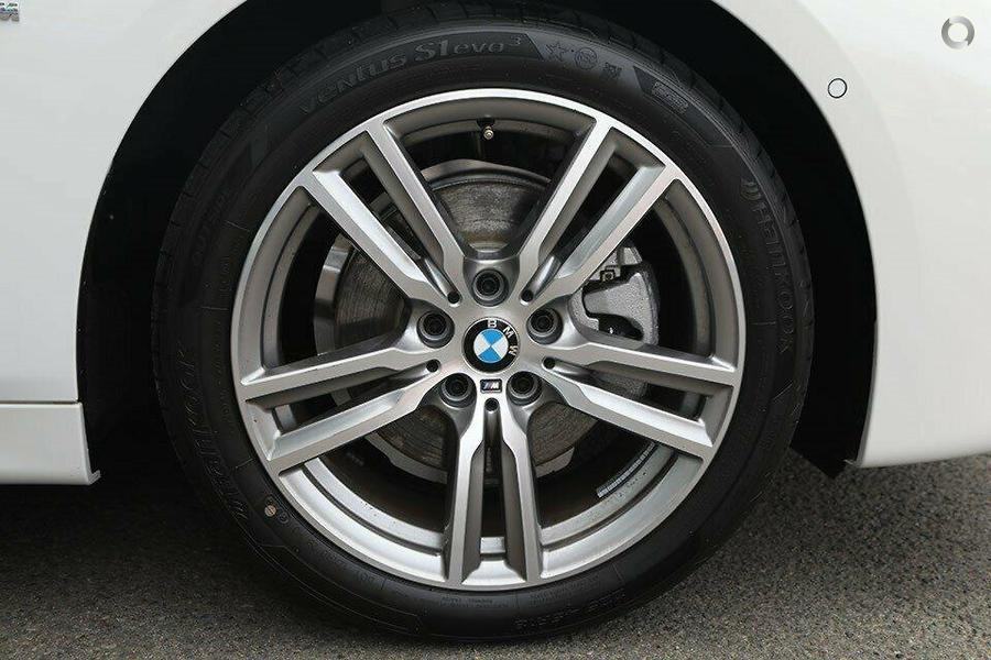 2019 BMW 220i M Sport