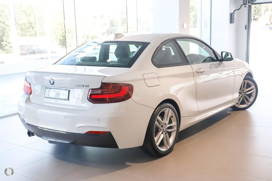 2014 BMW 220i M Sport