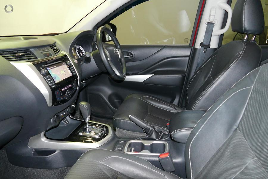 2017 Nissan Navara ST-X
