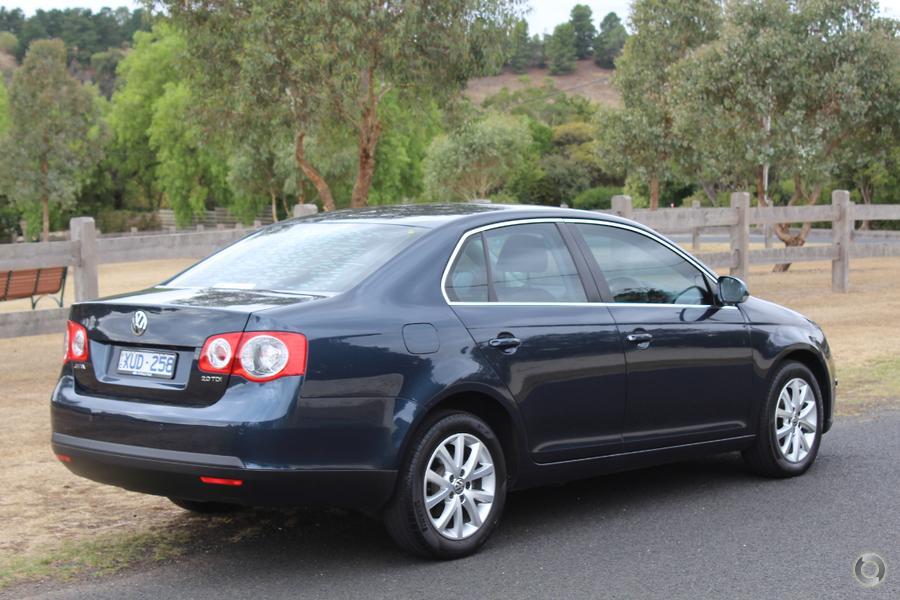 2010 Volkswagen Jetta 103TDI 1KM