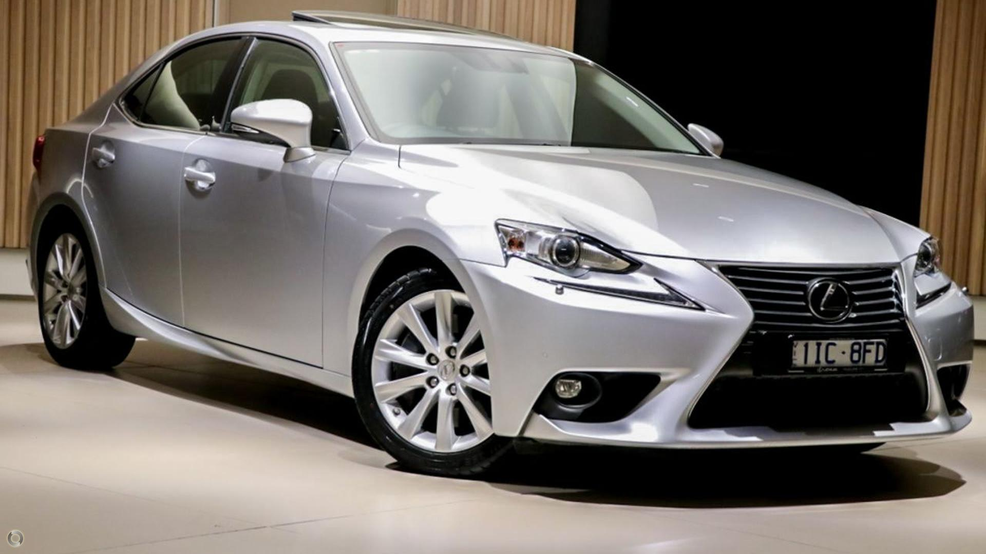 2016 Lexus Is IS200t Luxury ASE30R