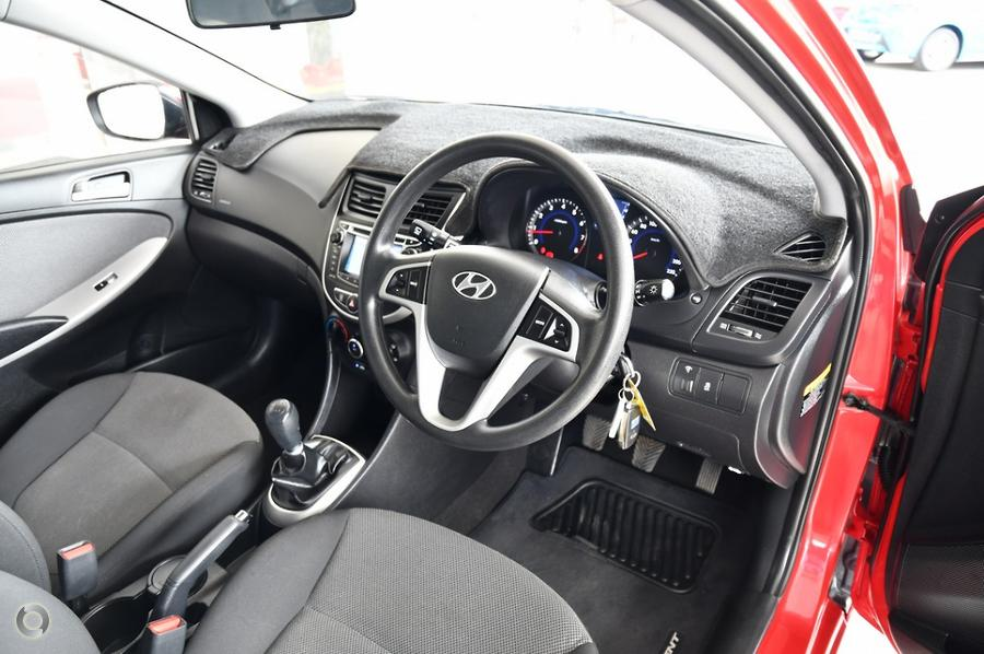 2013 Hyundai Accent Active RB