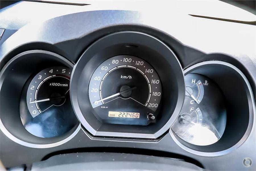 2007 Toyota Hilux SR KUN26R