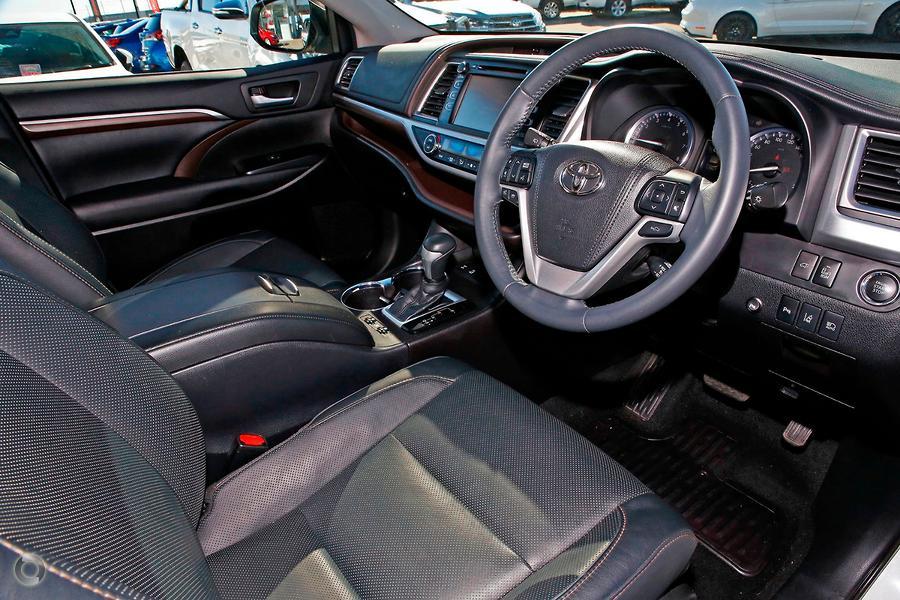 2015 Toyota Kluger Grande GSU55R
