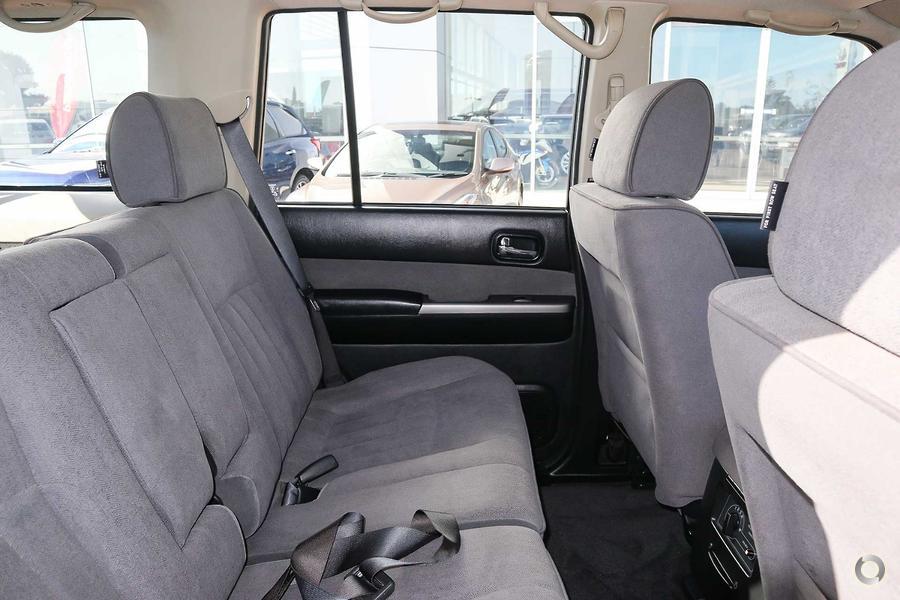 2015 Nissan Patrol ST