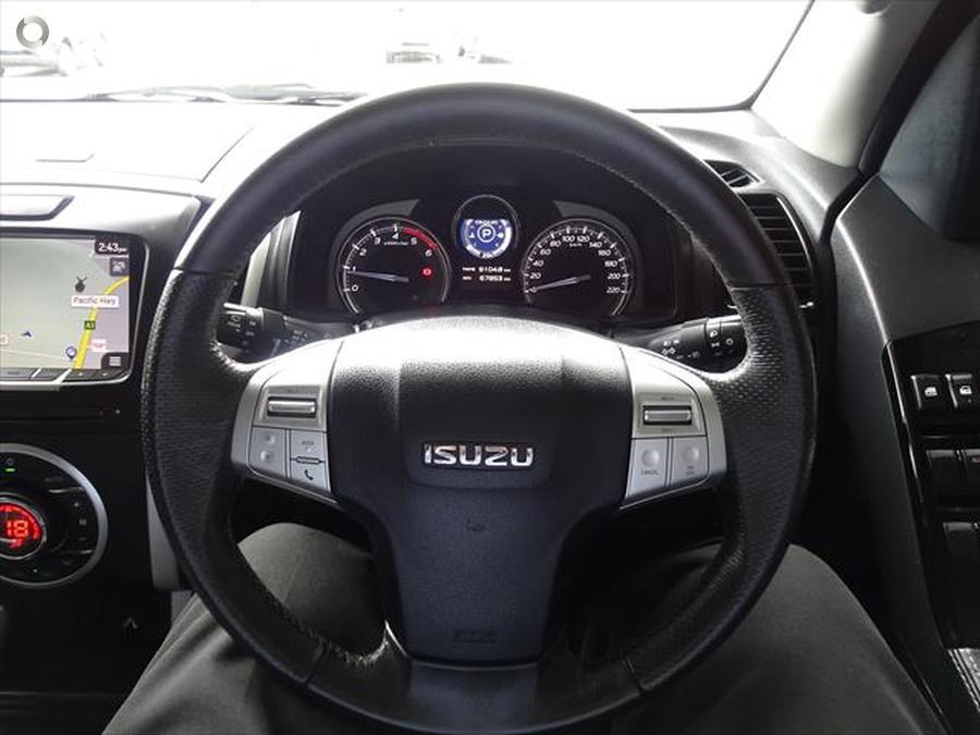 2017 Isuzu MU-X LS-T
