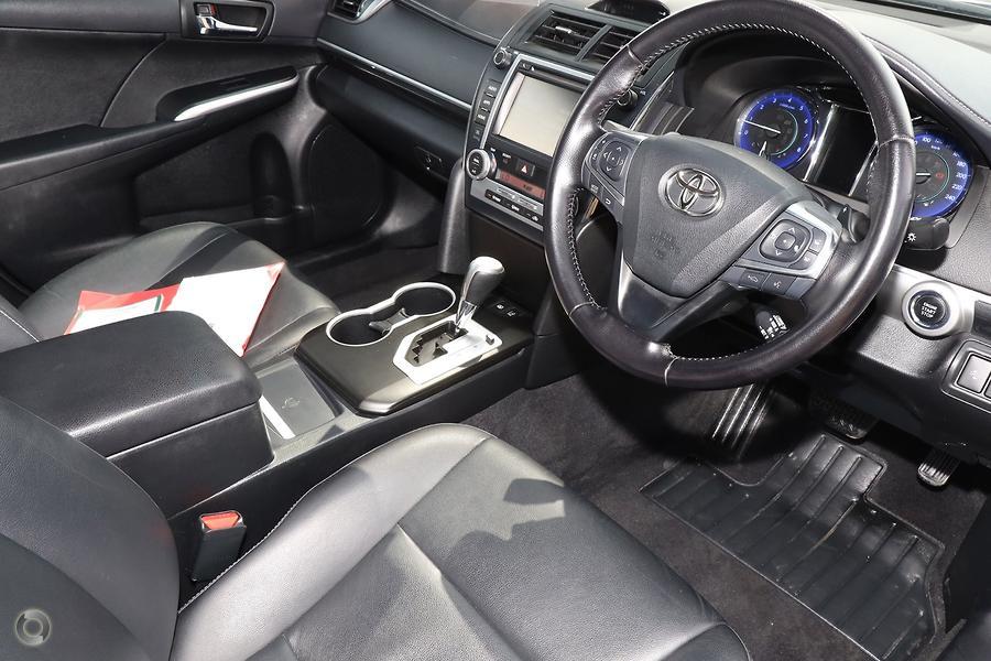 2016 Toyota Camry Atara SL ASV50R