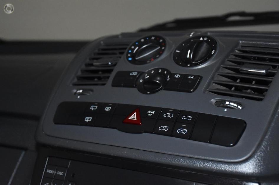 2011 Mercedes-Benz VITO Van