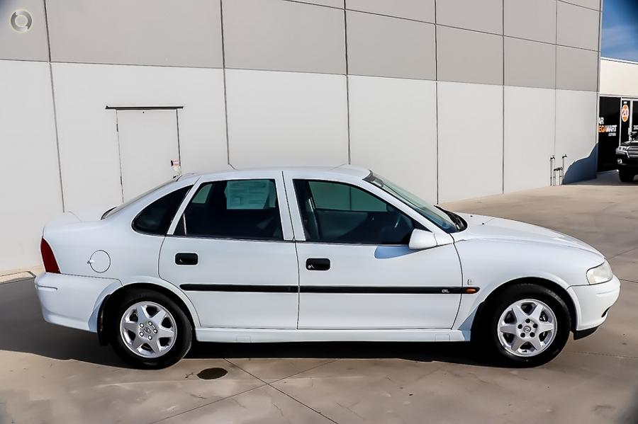 2000 Holden Vectra Olympic GL JS II
