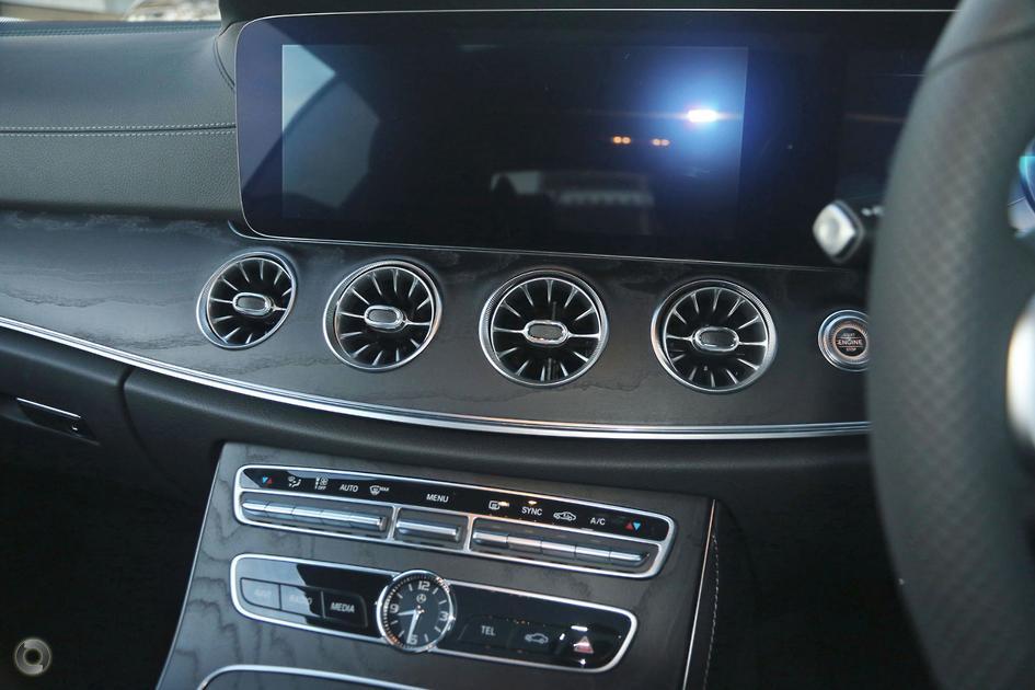 2019 Mercedes-Benz E 220 Coupe