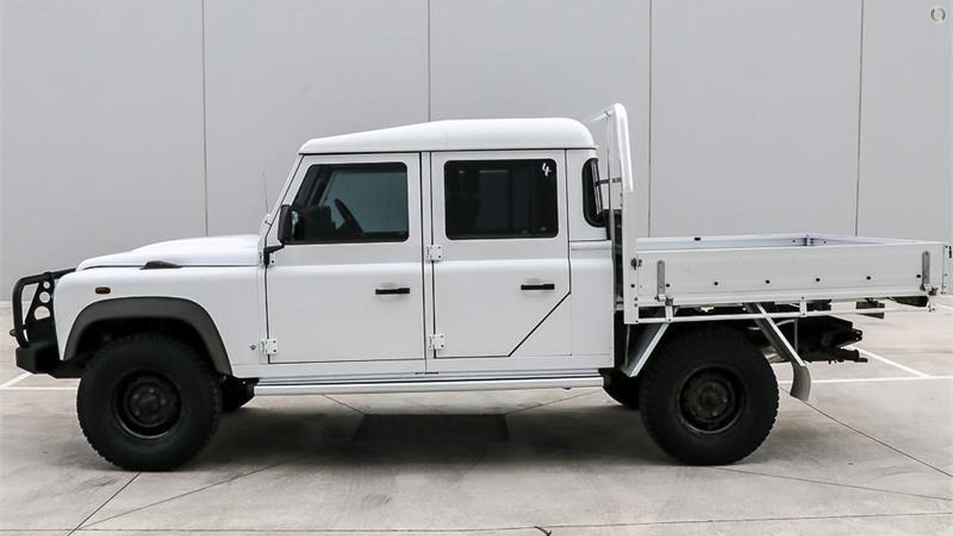2012 Land Rover Defender  130