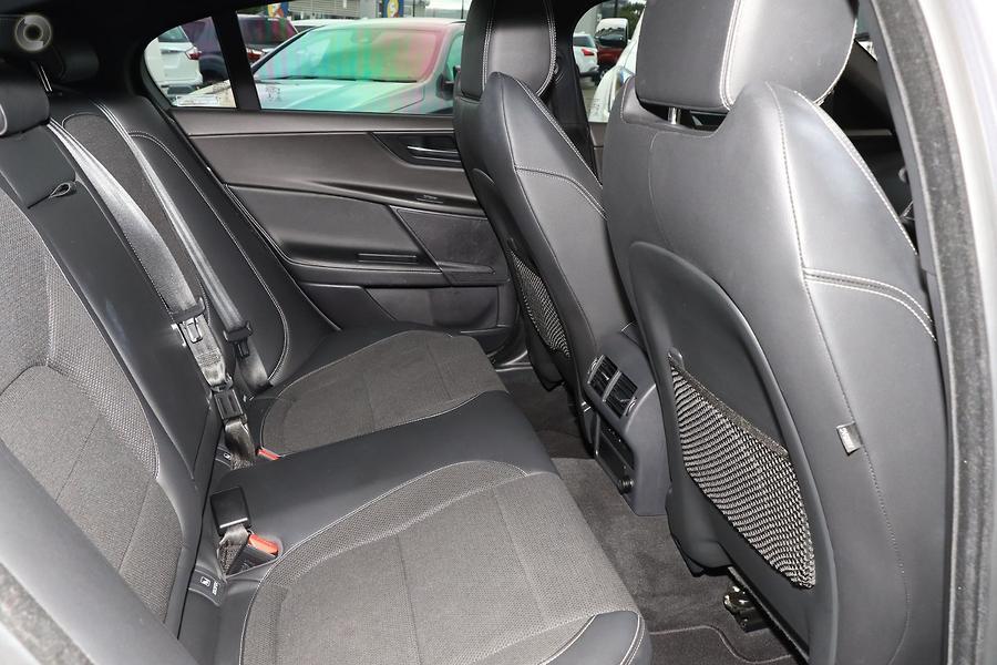 2015 Jaguar XE 20d R-Sport X760