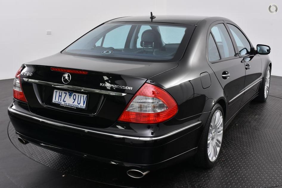 2007 Mercedes-Benz E 200 KOMPRESSOR AVANTGARDE Sedan