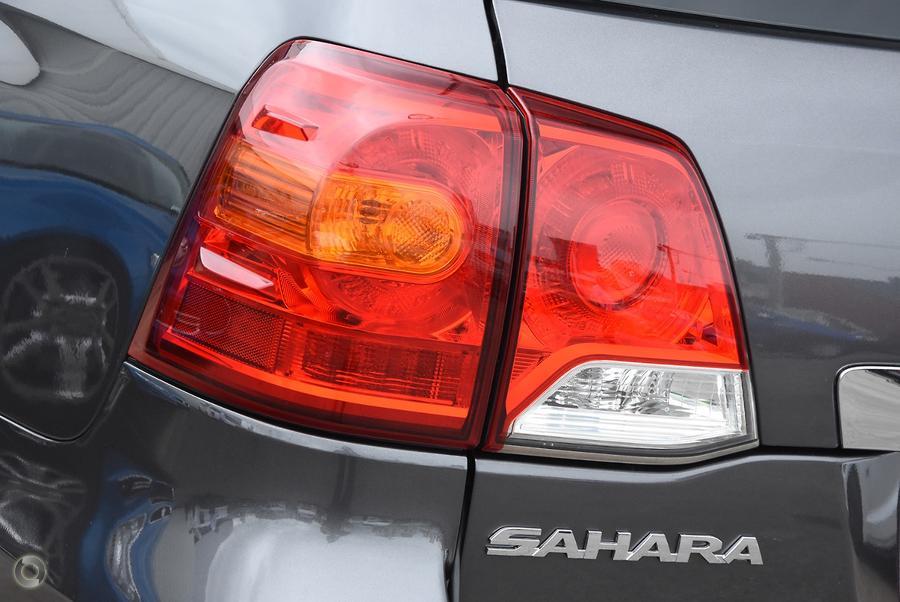 2015 Toyota Landcruiser Sahara VDJ200R