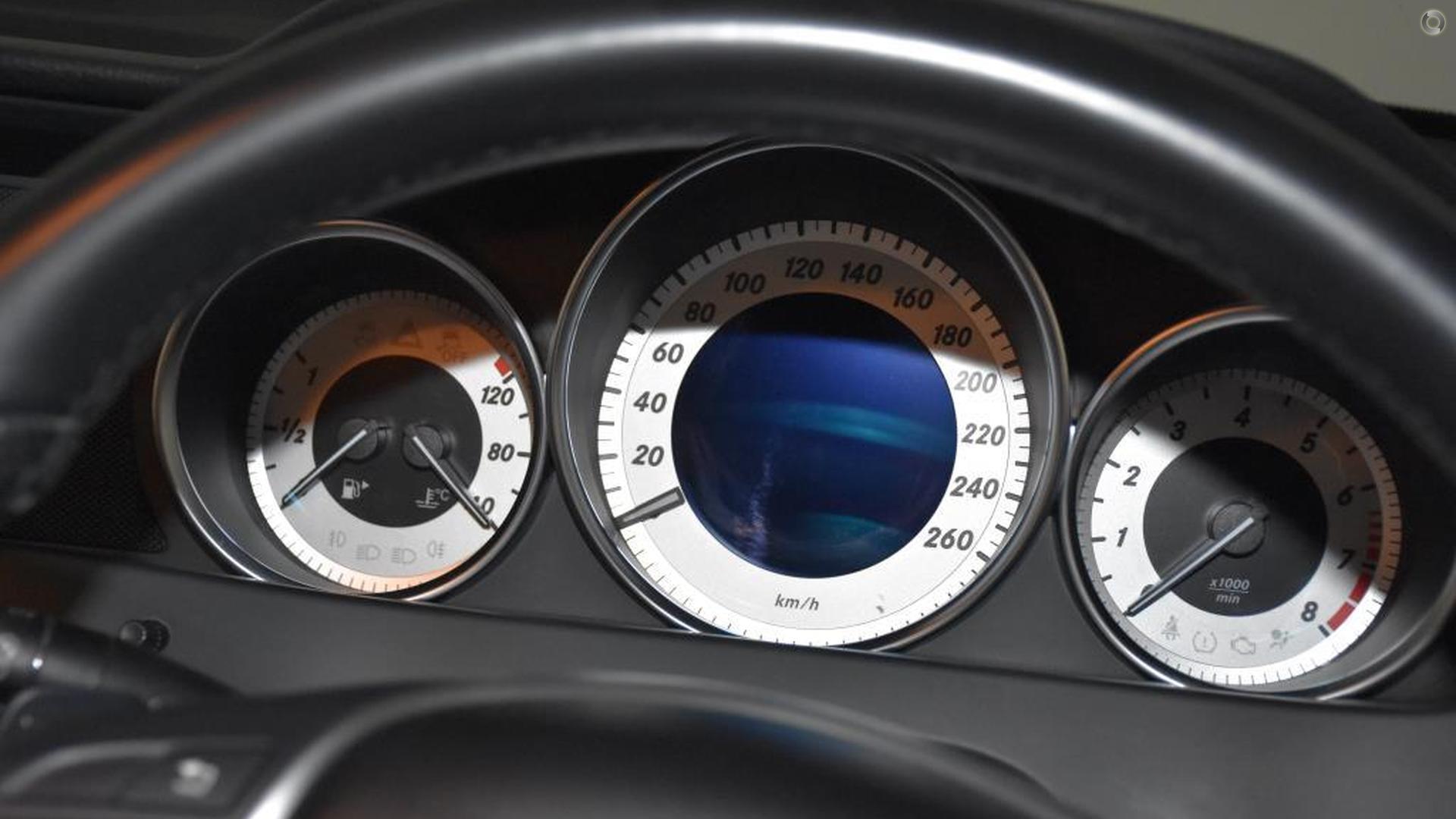 2011 Mercedes-Benz C 250 BLUEEFFICIENCY Coupe